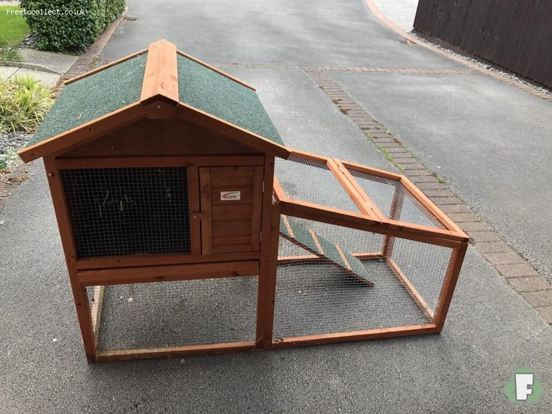 Rabbit Hutch  at www.freetocollect.co.uk
